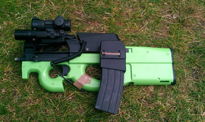 ACM ks P90 with boxmag m4 mag converter laser flashlight torch and aimpoint comp m3 red blue green red dot
